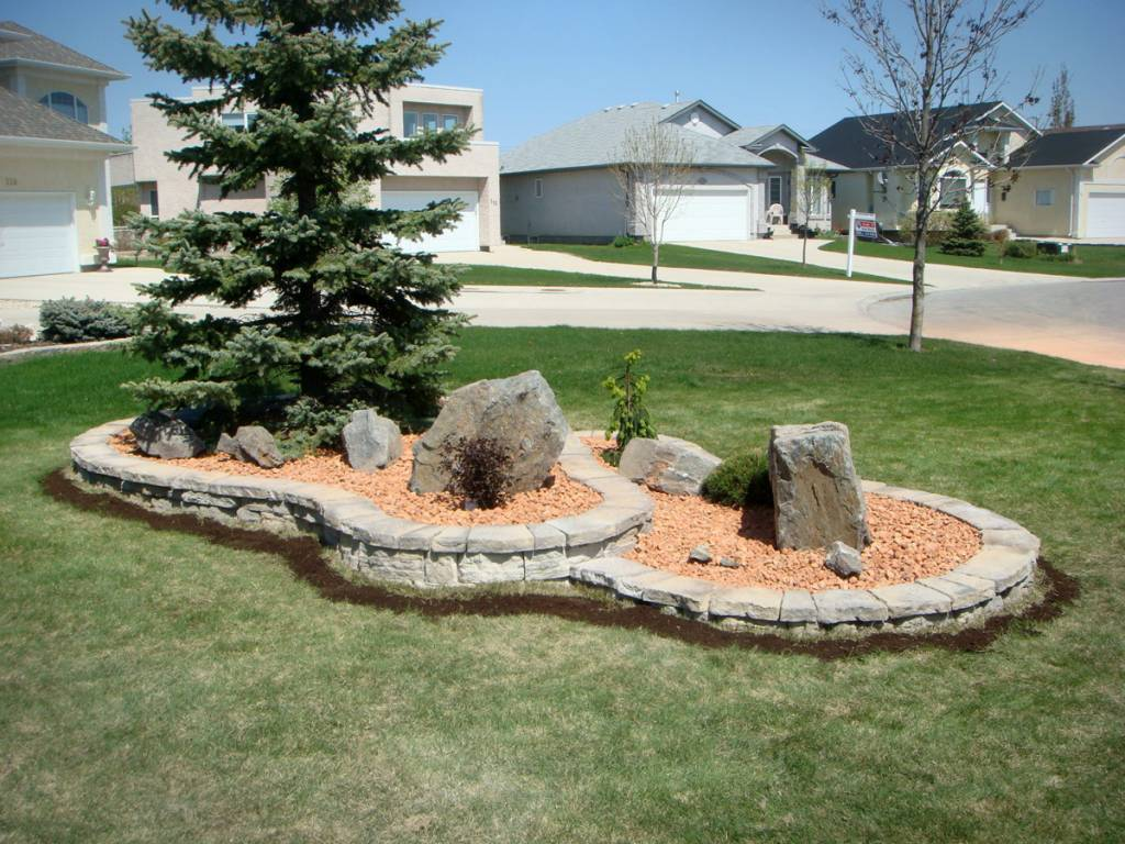 The Lawn Salon: one of Winnipeg's most experienced landscaping contractors
