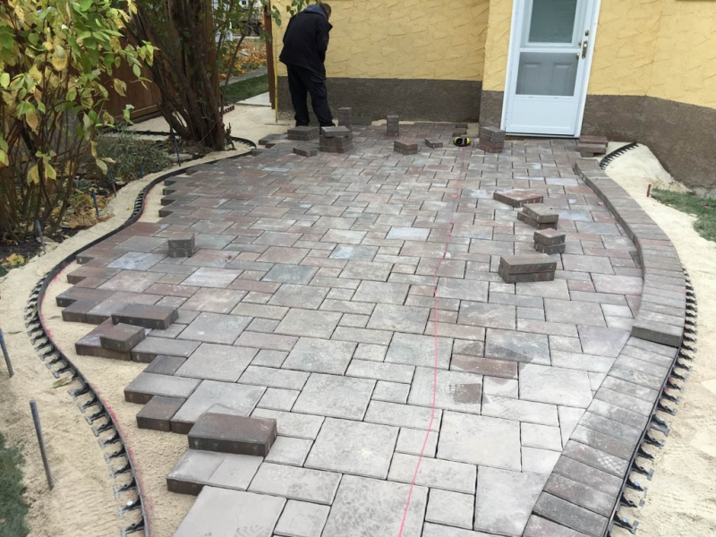 Verano paving stone patio