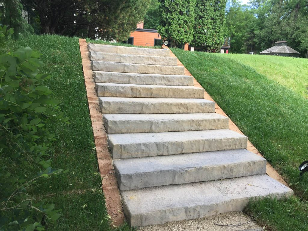 Rosetta Outcropping stone steps in riverbank dike