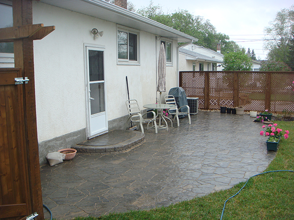 Lead image-patio.JPG