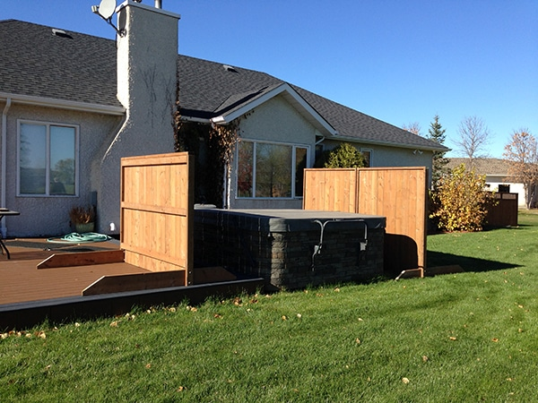 Moveable free standing wind screens for hot tub the lawn for Free standing hot tub deck