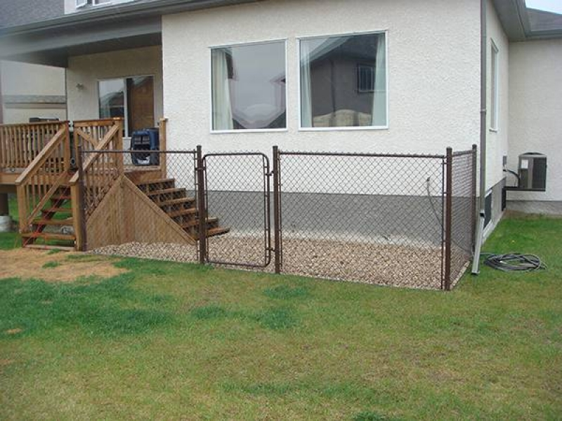 Chainlink fence, riverwash and additional steps for dog run (fences, decks)