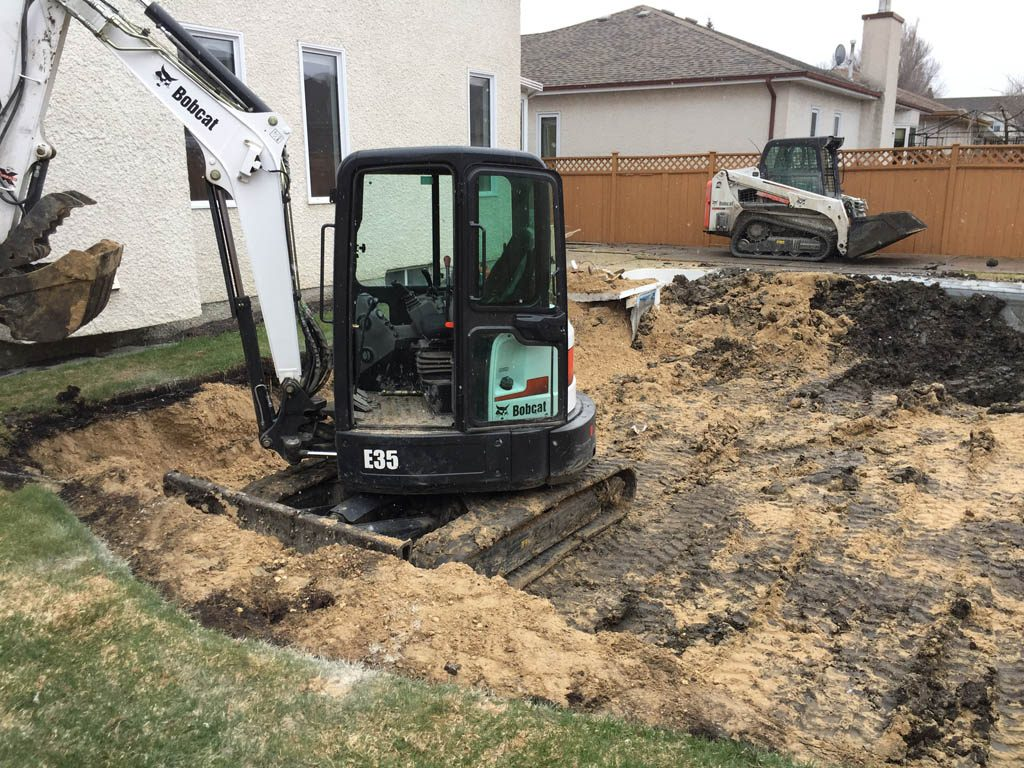 Early spring pool removal with 74 inch access