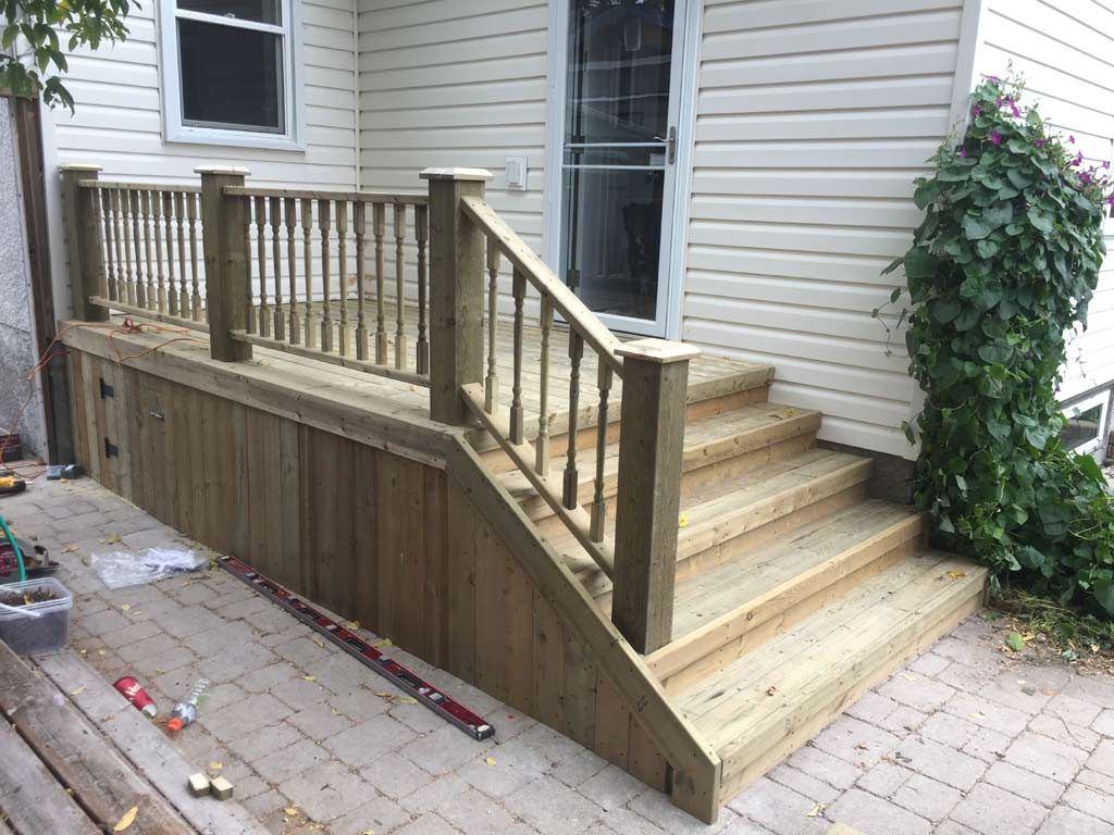 Rear Deck with 6x6 Rail Posts